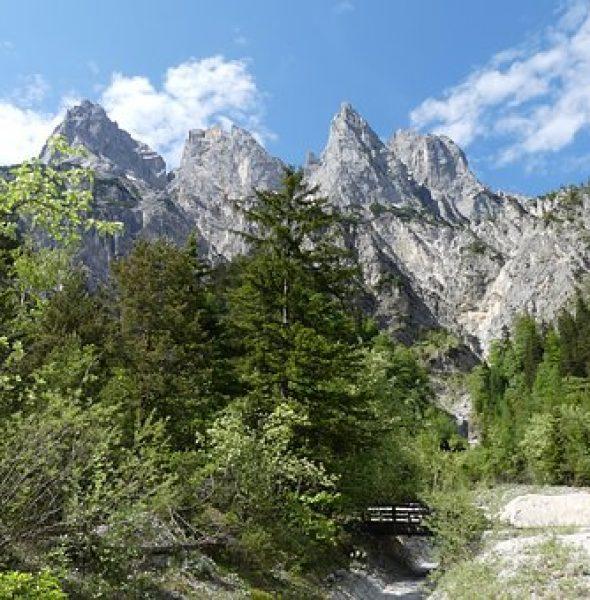 Jun sön Pares: Vista mozzafiato sulle Dolomiti