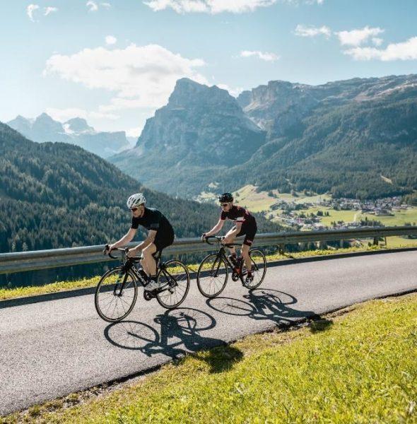 Passo Giau Tour guidato in bici da corsa