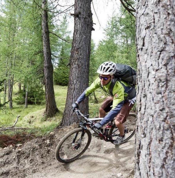 Explore your way: Tour La Crusc in MTB