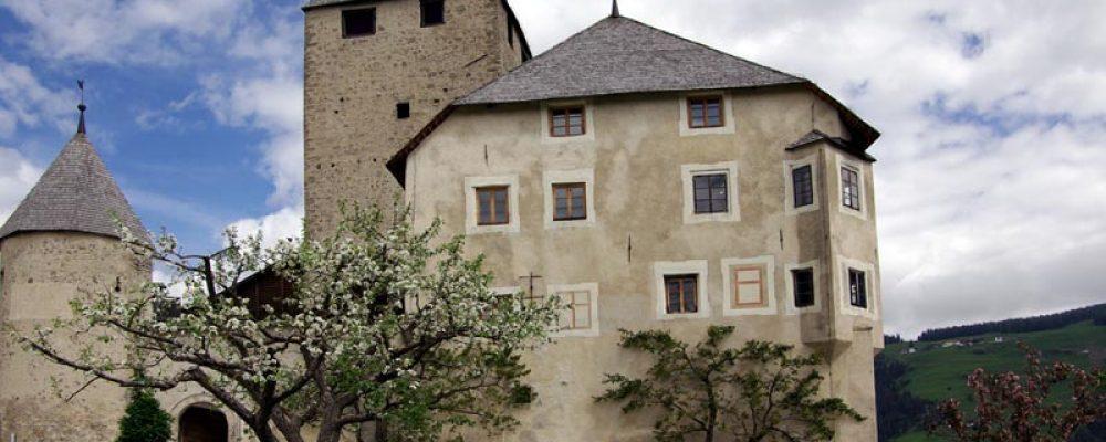 Alla scoperta della cultura Ladina, una visita al Museum Ladin Ciastel de Tor