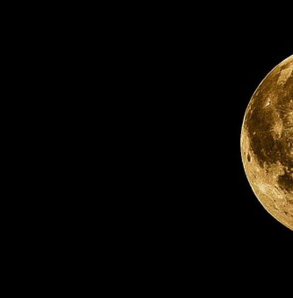 Passeggiata serale sotto le stelle