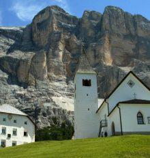I Santuari in quota di Santa Croce e Oies