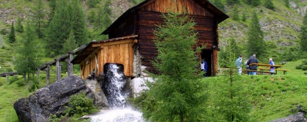 Valle dei Molini, una bella passeggiata per tutta la famiglia (Longiarù)