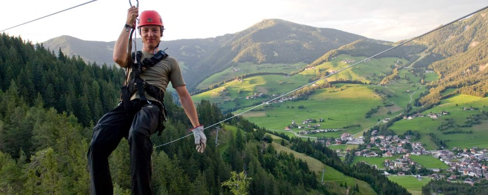 Zip Line, per una vacanza adrenalinica in Val Badia